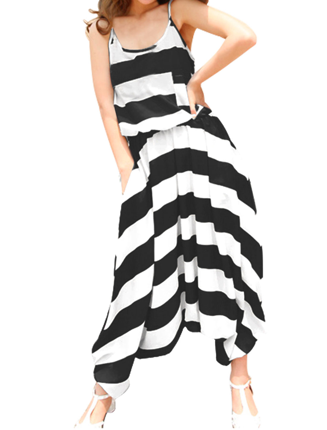 Woman's Spaghetti Strap Chest Pocket Stripe Print Harem Jumpsuit Black White XS