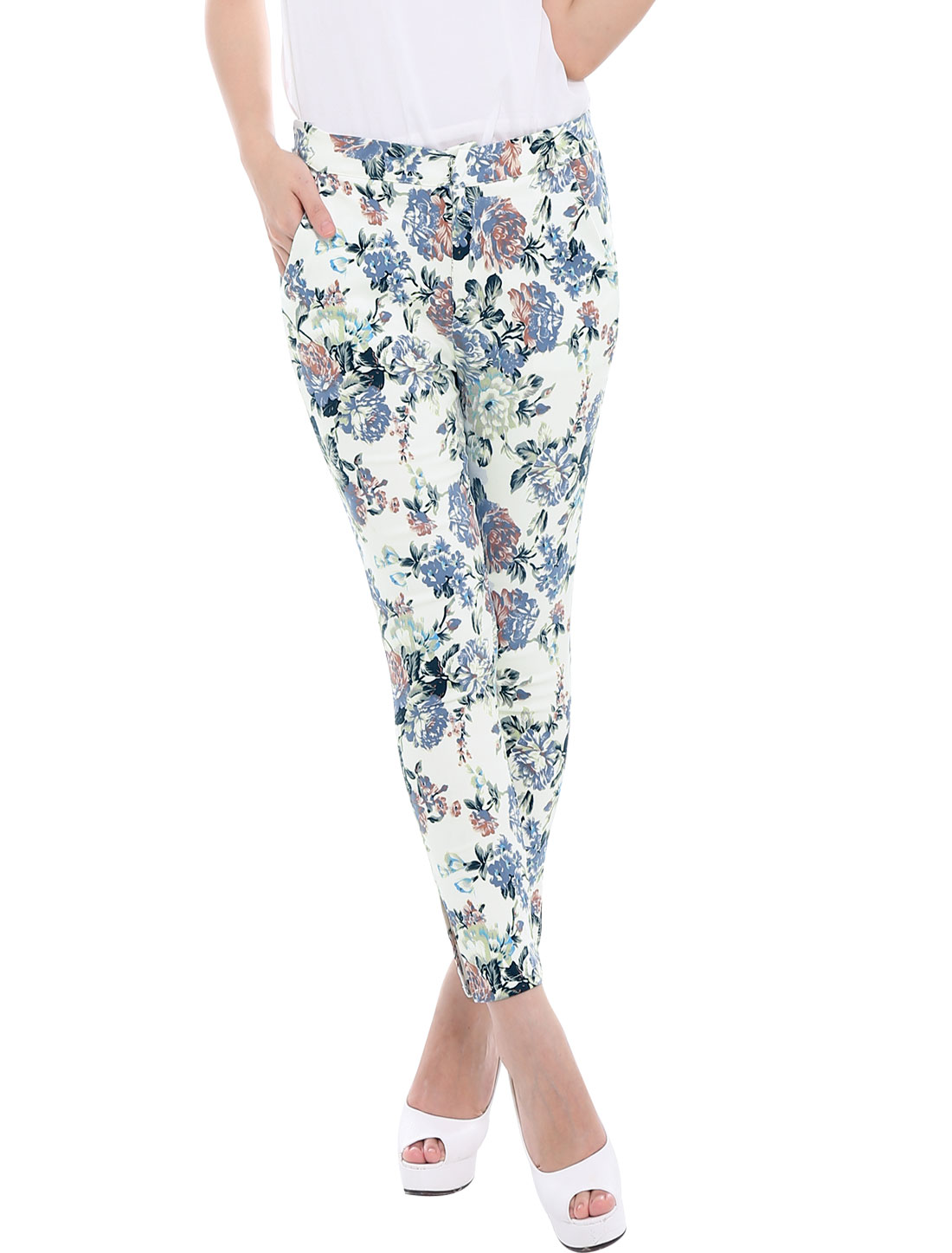 Women's Hook Eye Closure Zip Fly Floral-Printed Stretchy Cropped Pants White XS