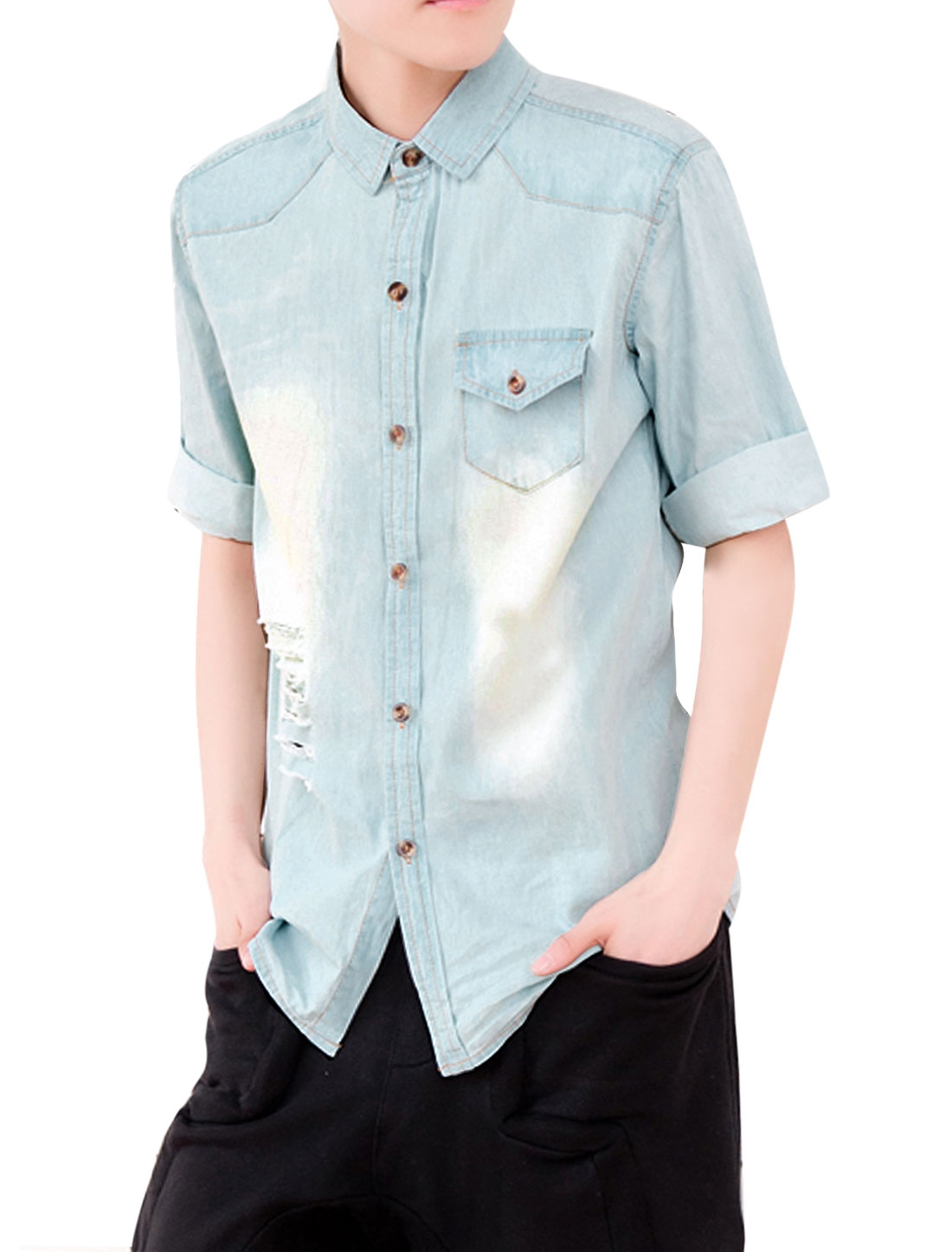 Men Flap Chest Pocket Half Sleeve Destroyed Detail Washed Denim Shirt Light Blue M