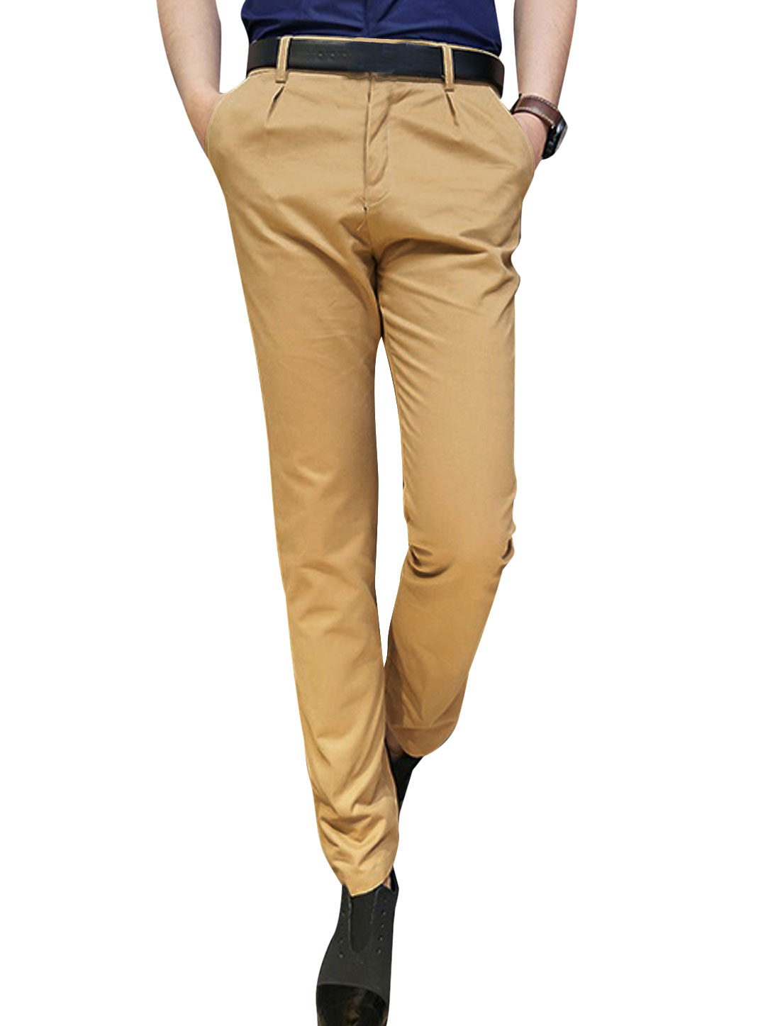 Men's Slant Front Pockets Single Button Closure Cropped Pants Light Brown W30