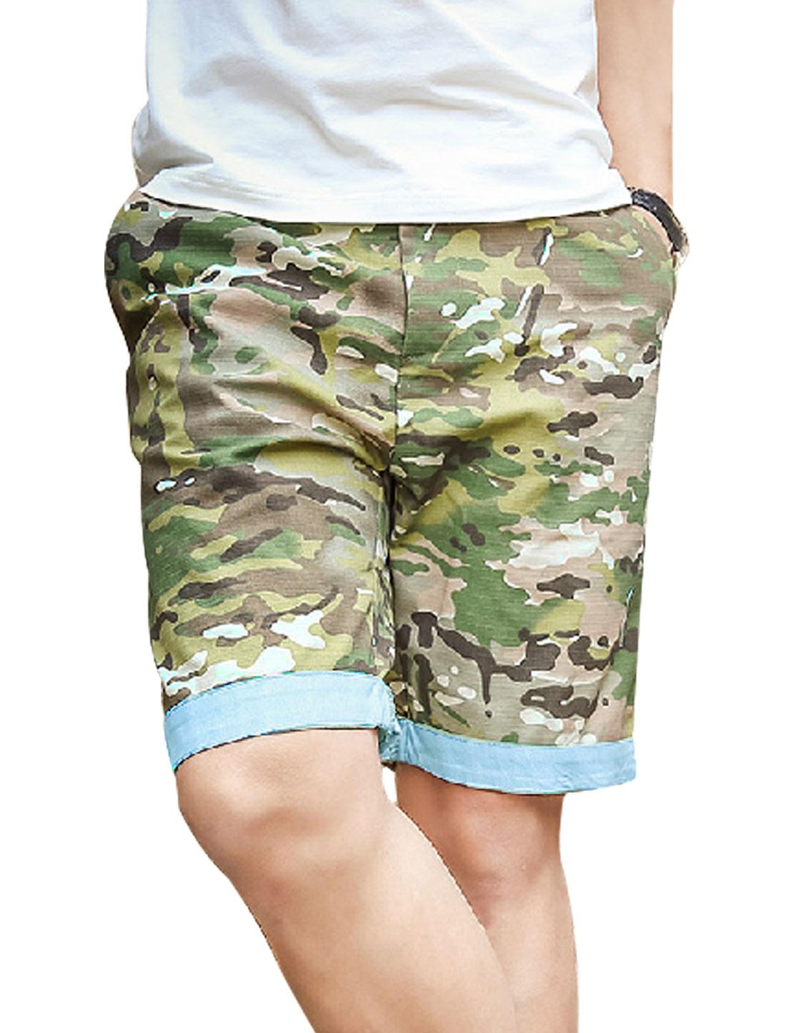 Men Belt Loop Zipper Closure Camouflage Prints Casual Shorts Multicolor W30