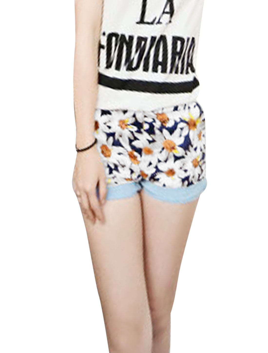 Lady Belt Loop Zip Up Floral Prints Roll-Up Cuffs Shorts Multicolor S