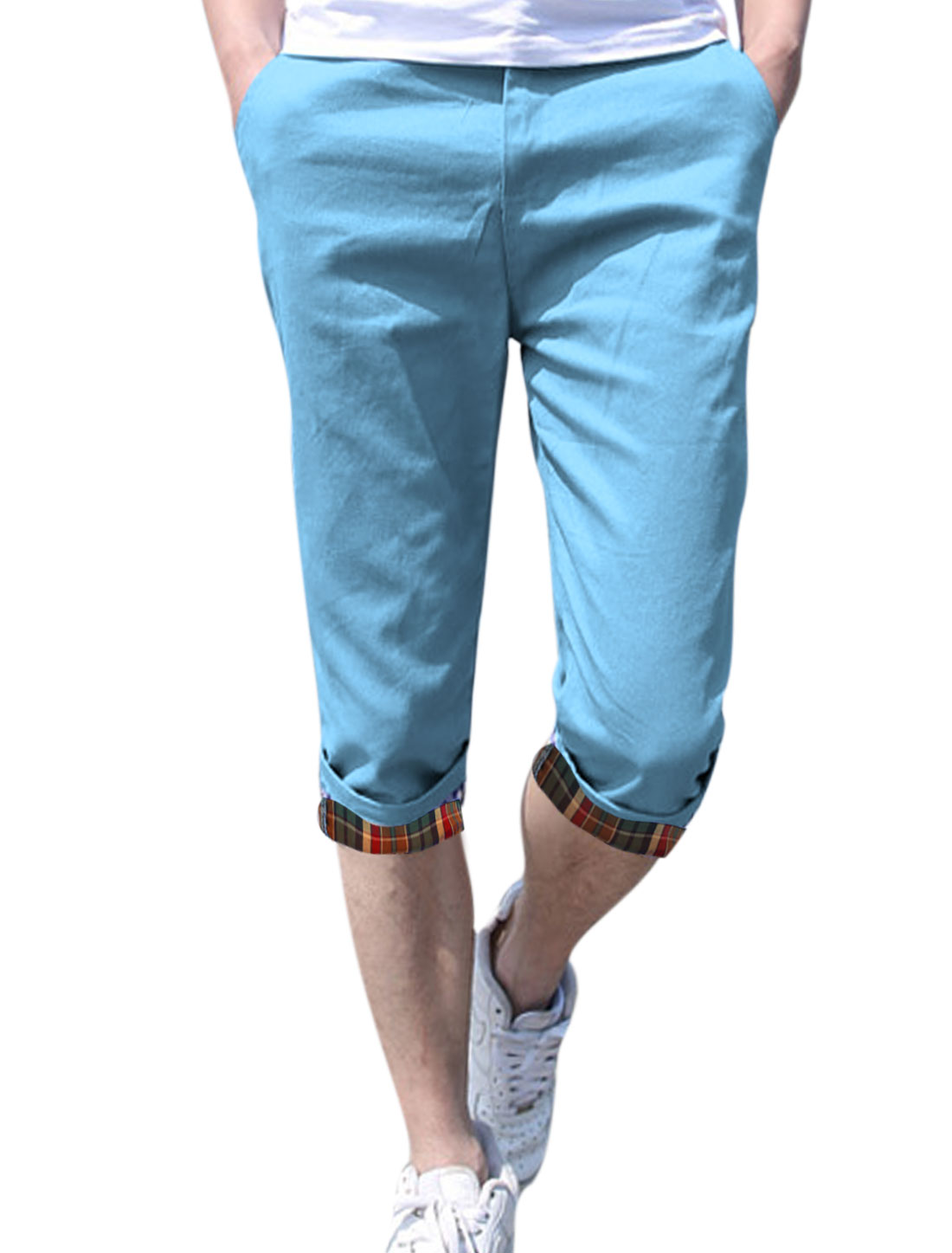 Men Belt Loop Zip Up Double Pockets Back Capris Pants Sky Blue W30