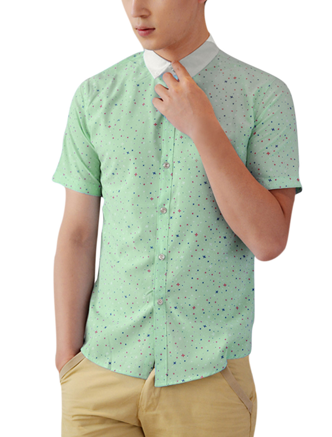 Men Point Collar Button-Front Casual Shirt Light Green M