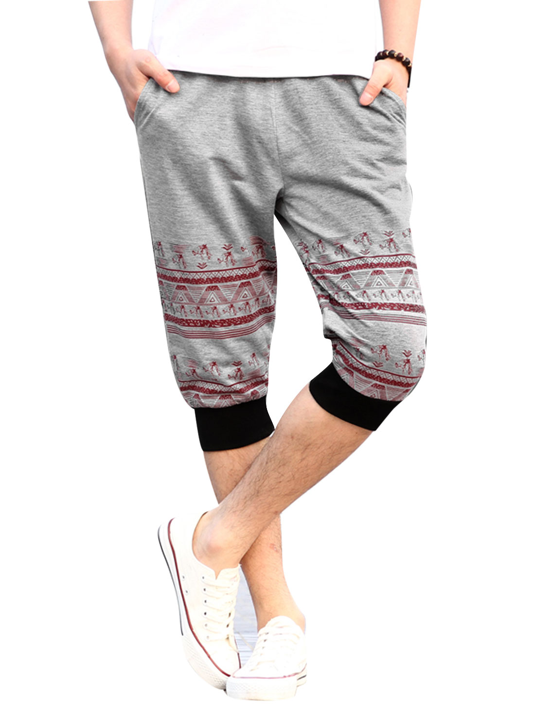 Men One Patch Pocket Back Horse Head Printed NEW Capris Pants Light Gray W30
