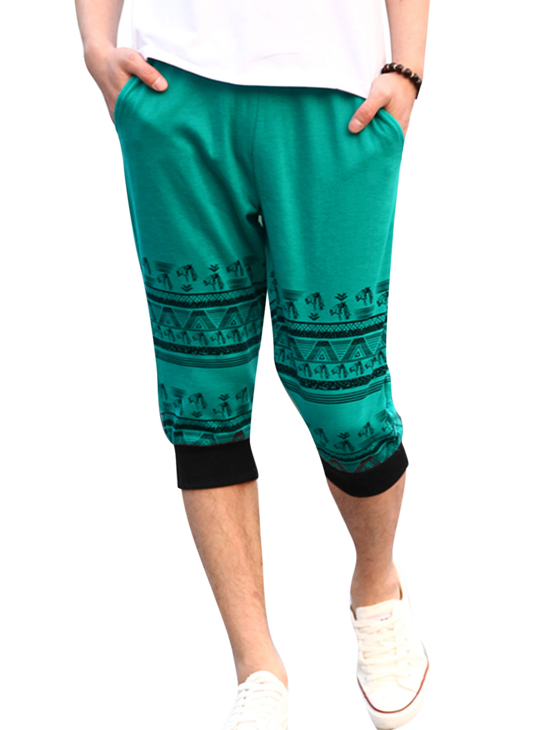 Men Ribbed Waist Horse Head Printed Casual Capris Pants Light Green W30
