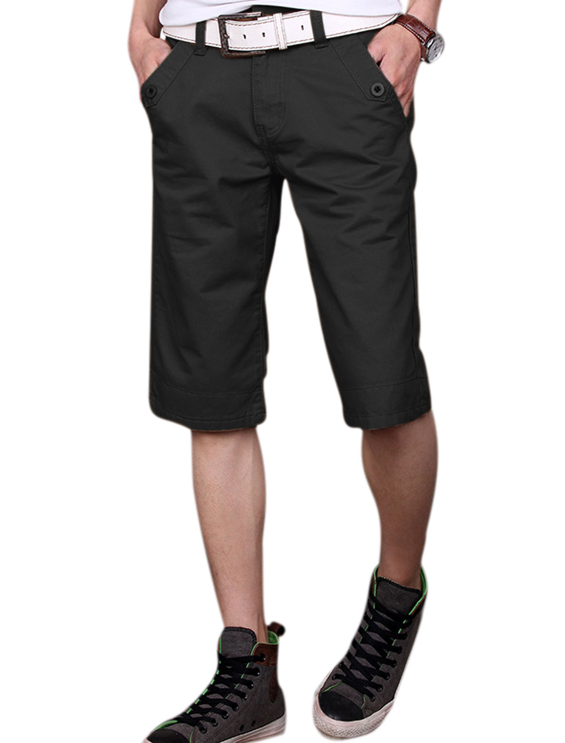 Man's Zip Fly Front Slant Pockets Roll Up Hem Plaids Detail Shorts Black W32