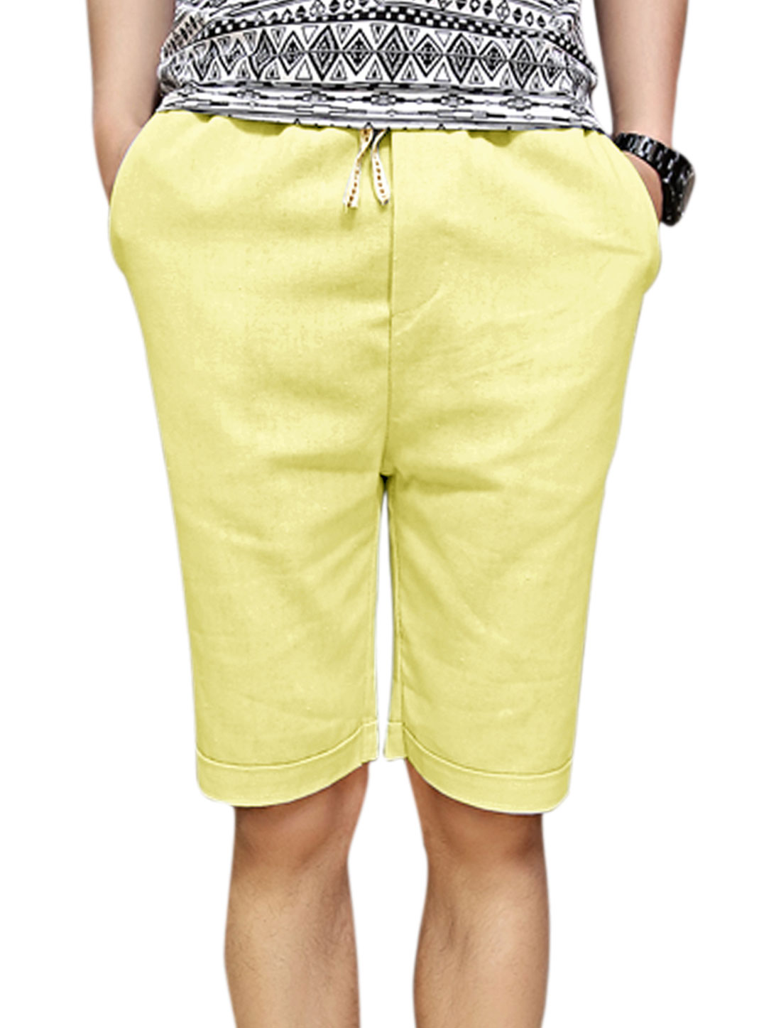 Drawstring Waist Slant Front Pocket Casual Light Yellow W30 Shorts for Man
