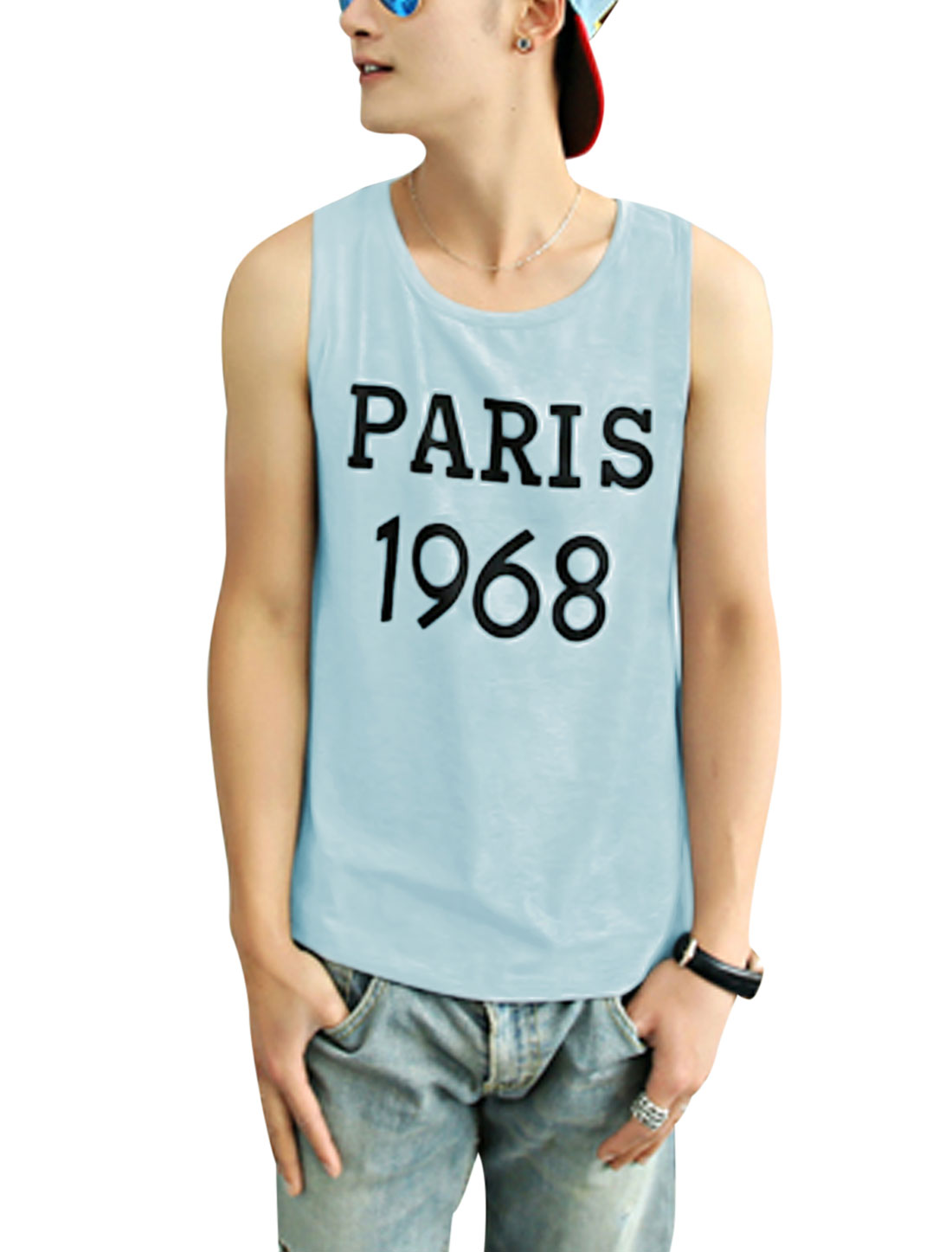 Man's Sleeveless Letters Print Round Neck Top Light Blue M