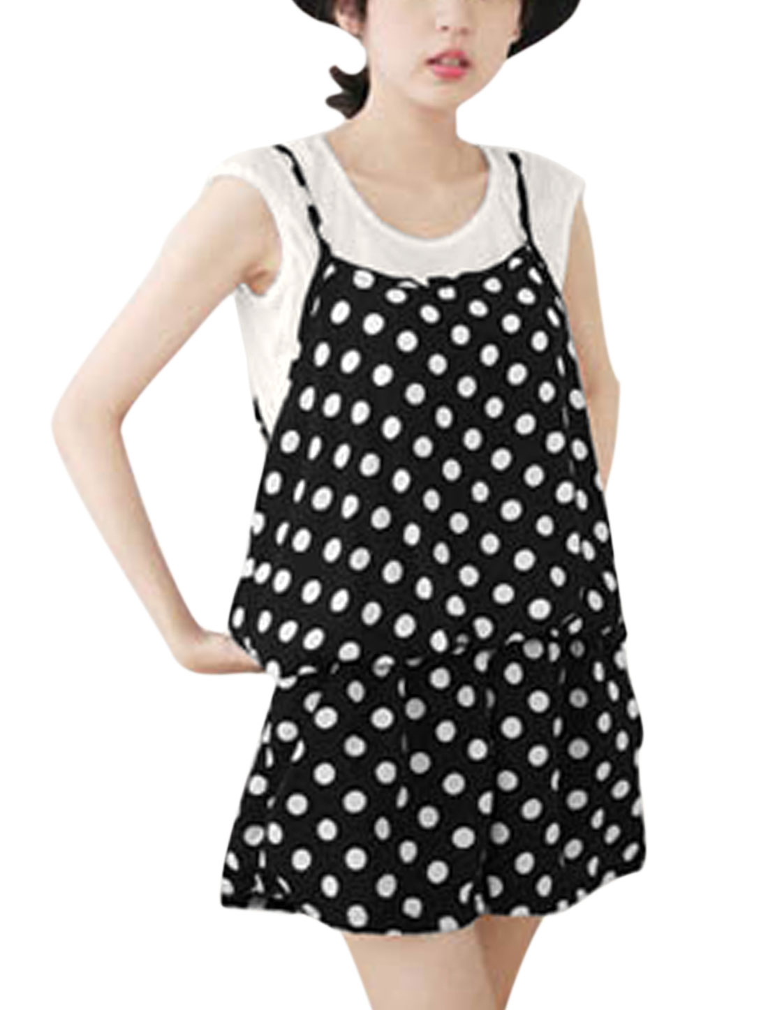 Ladies Round Neck White Cropped Top w Dots Casual Romper Black S