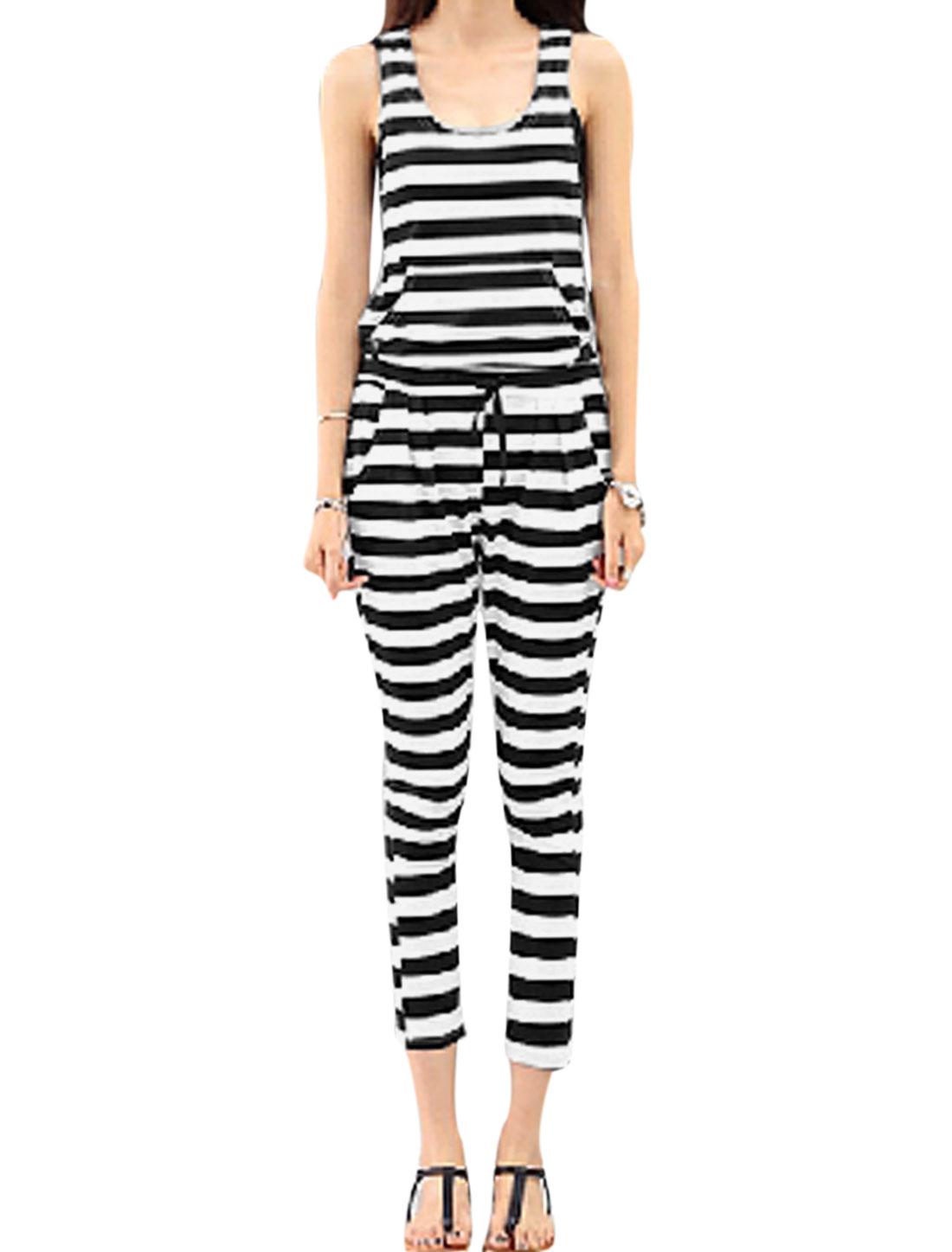 Women Stripes Sleeveless Kangaroo Pocket Front Drawstring Waist Jumpsuit Black White S