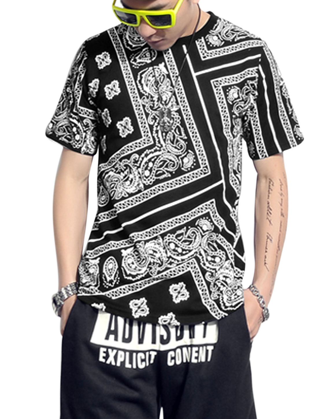 Men Crew Neck Paisleys Prints Short Sleeve Casual T-shirt Black M
