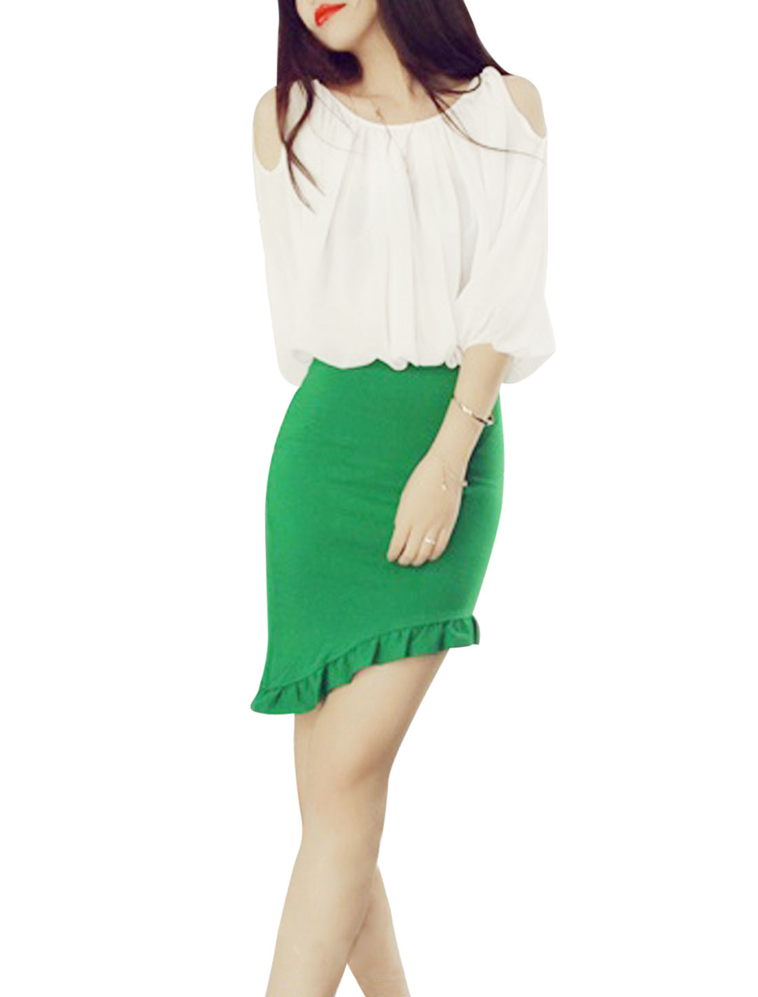 Lady Cut Out Shoulder Casual White Top w Oblique Flouncing Hem Green Skirt M