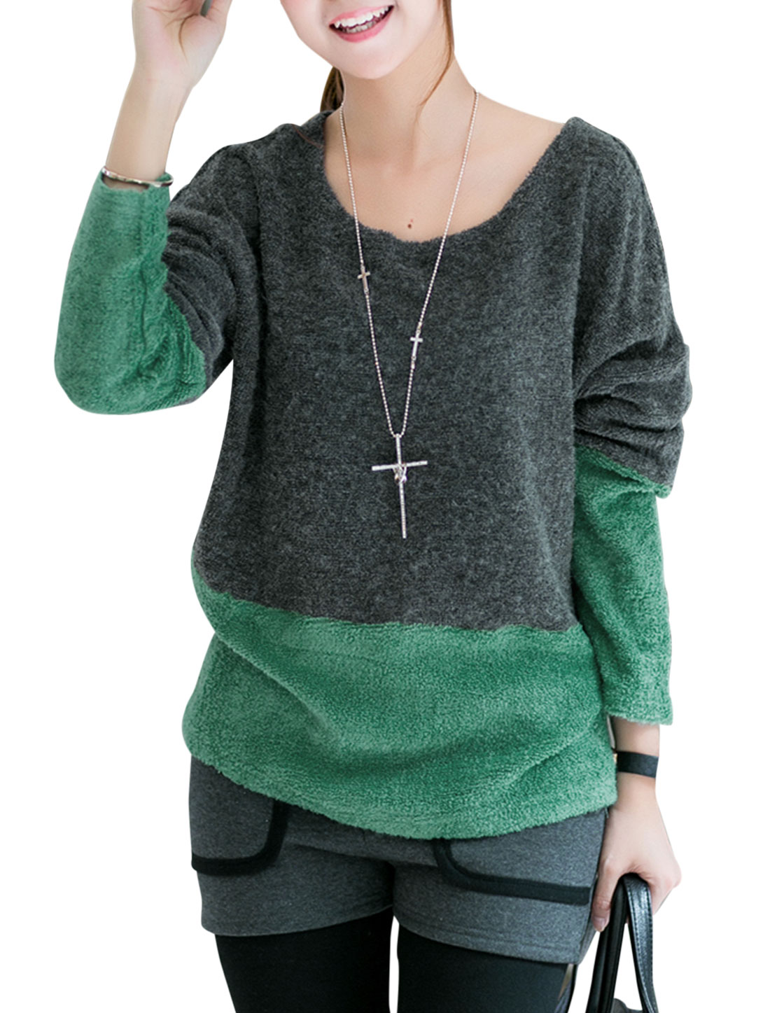 Lady Round Neck Batwing Sleeve Contrast Color Knit Shirt Green Dark Gray M