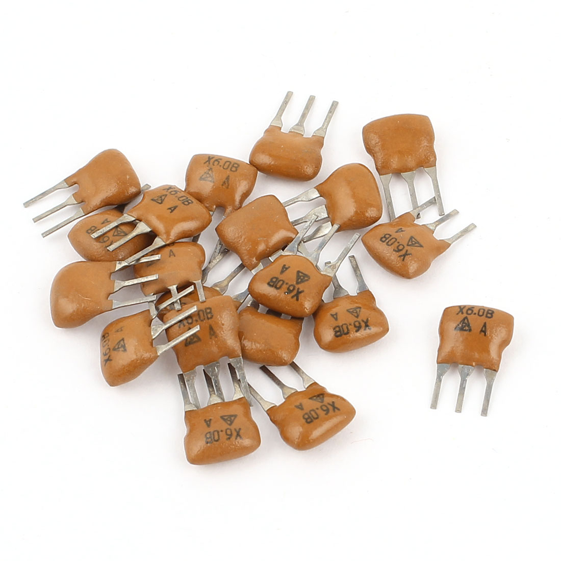 20 Pcs Radial Lead 3 Pole Ceramic Filters Crystal Resonators X6.0B 6MHz Frequency