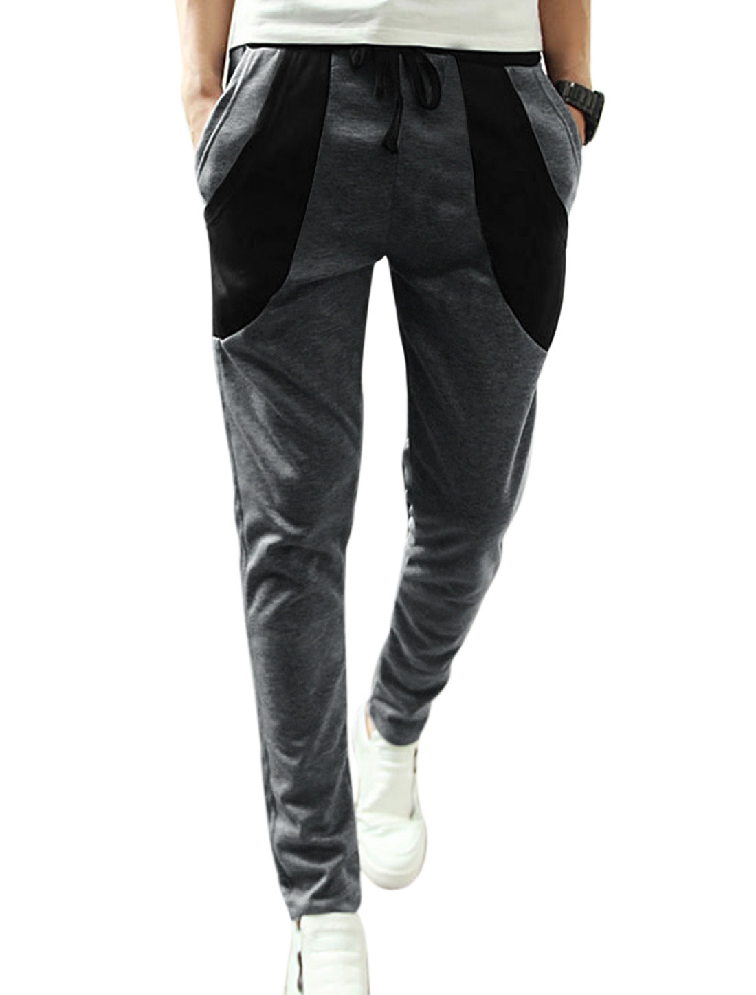 Men Drawstring Contrast Color Pockets Panel Casual Pants Dark Gray W30