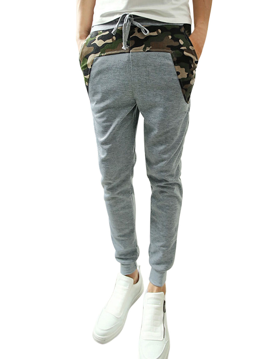 Men Ribbed Cuffs Camouflage Pattern Patched Design Casual Pants Light Gray W30