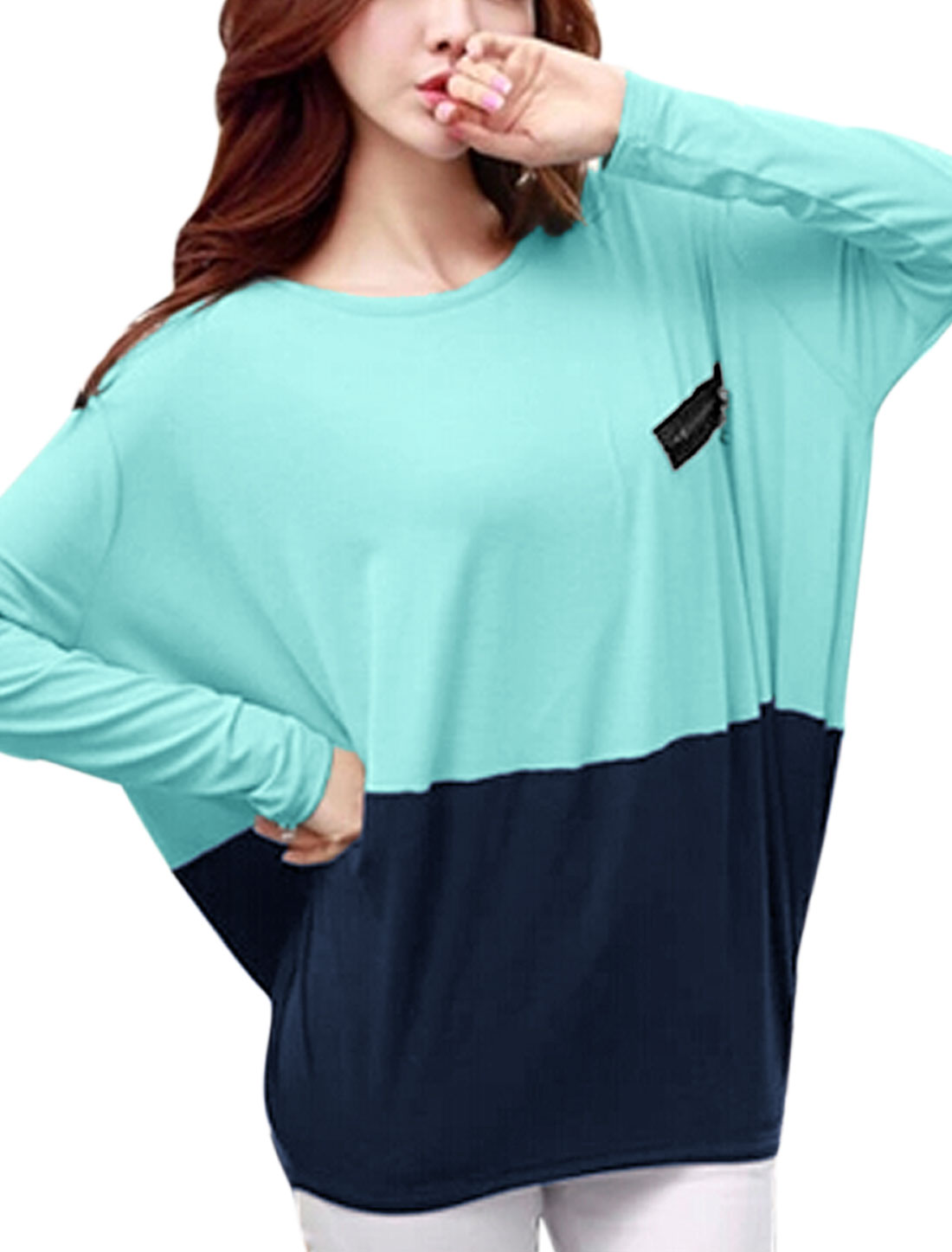 Lady Round Neck Long Batwing Sleeve Color Block Tee Shirt Sky Blue Navy Blue L