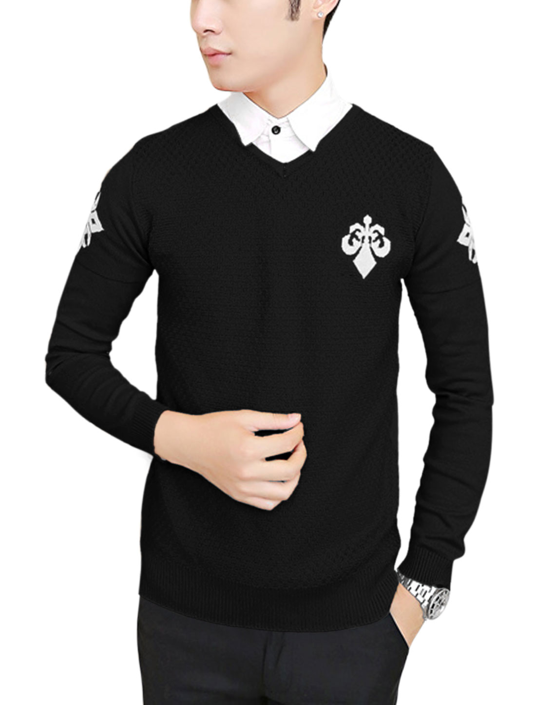 Men V Neck Letters Pattern Textured Design Casual Knit Shirt Black M
