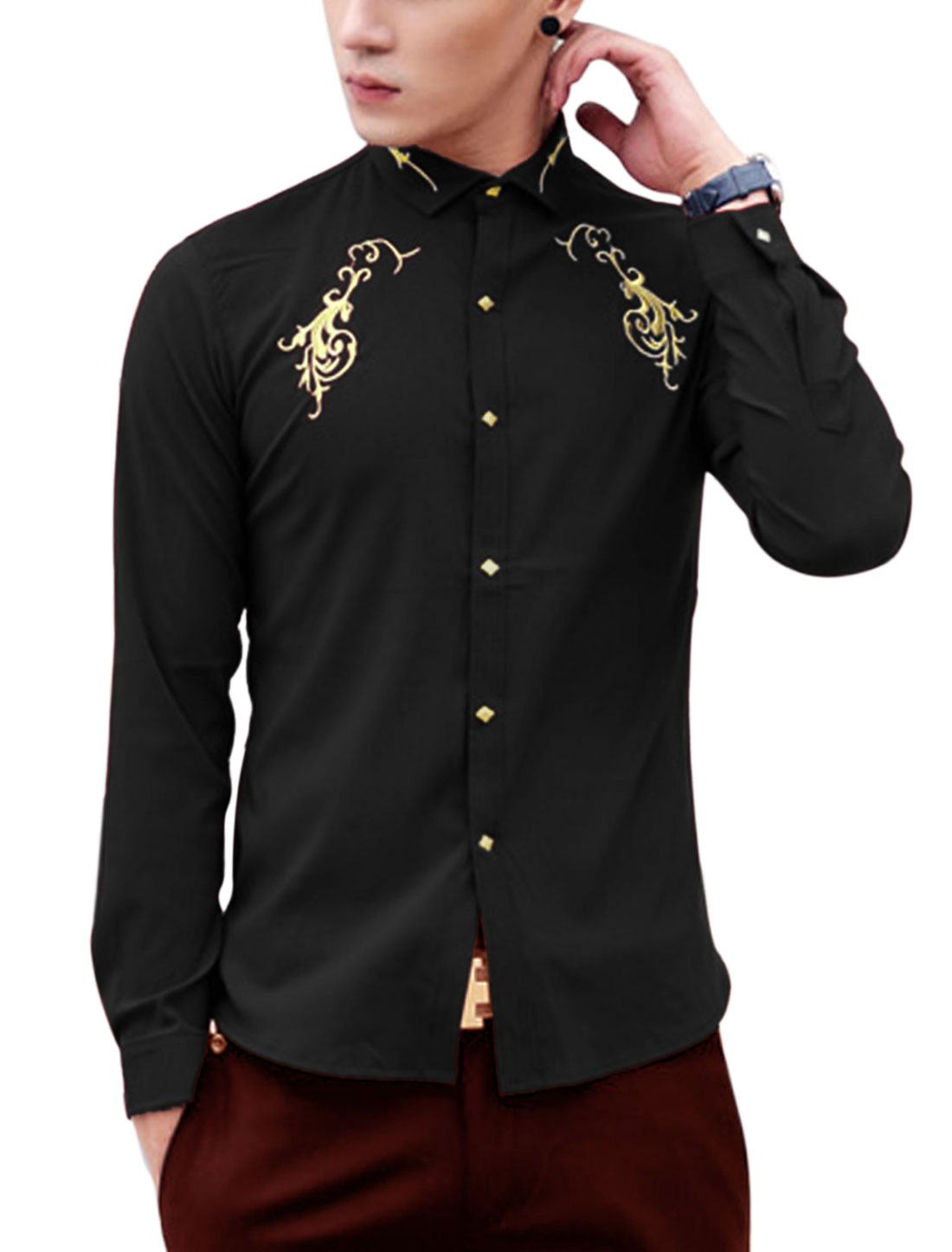 Men Single Breasted Embroidery Detail Round Hem Slim Casual Shirt Black M