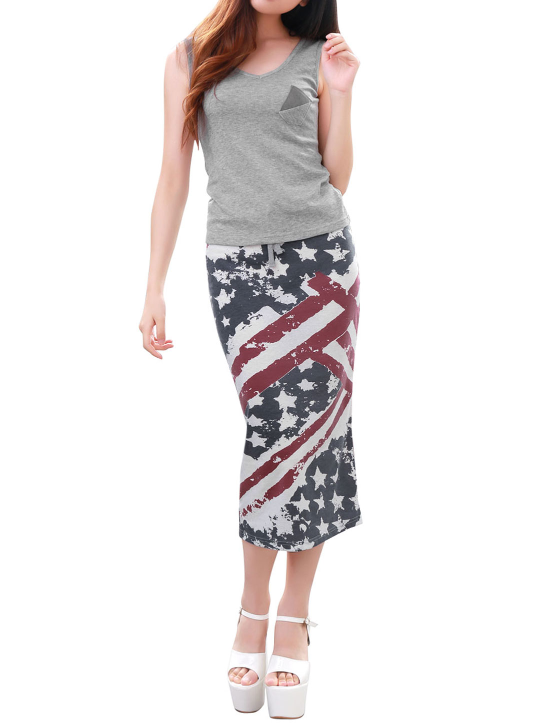 Women American Flag Prints Back Vent Multicolor Skirt w Sleeveless Light Gray Knit Top XS