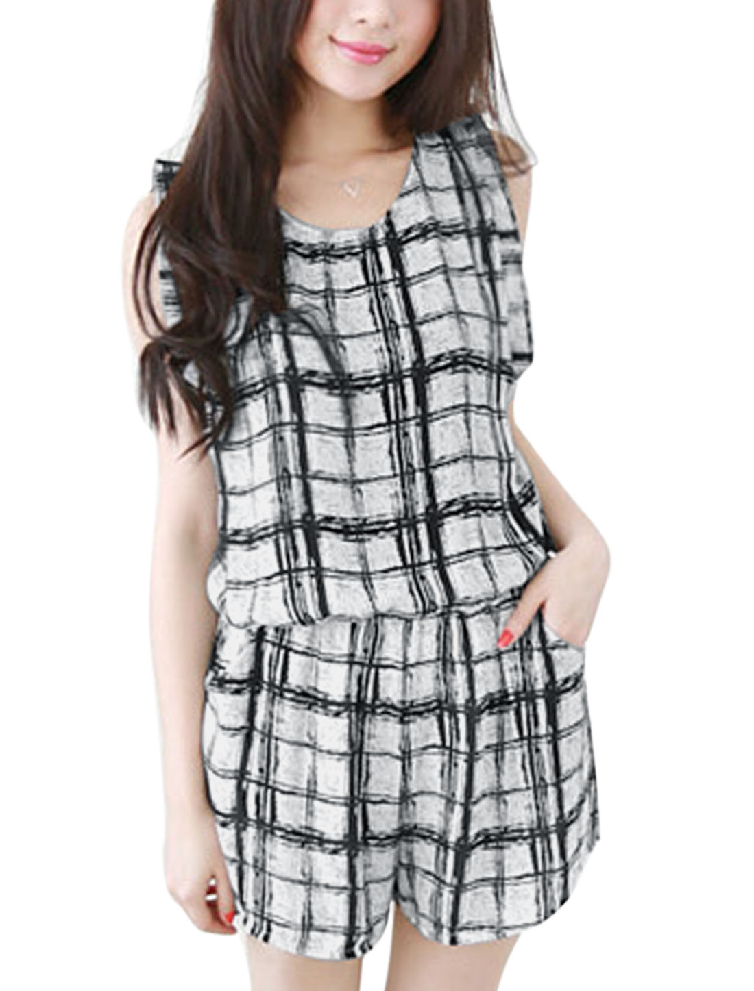 Lady Round Neck Plaids Pattern Split Back Design Casual Romper White Black XS