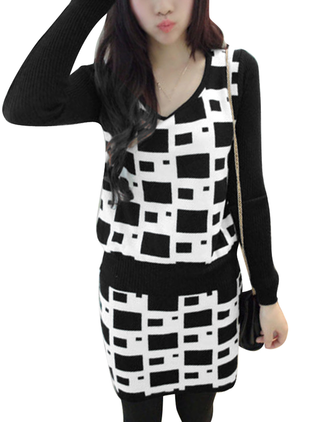 Lady Plaids Knit Long Sleeves Spliced Tunic Dress Black White XS