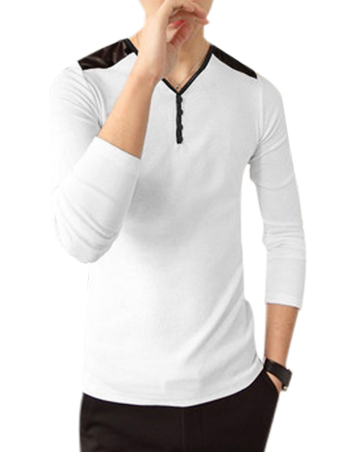Men Long Sleeves PU Patched Design Contrast Shoulder Casual Knit Top White S