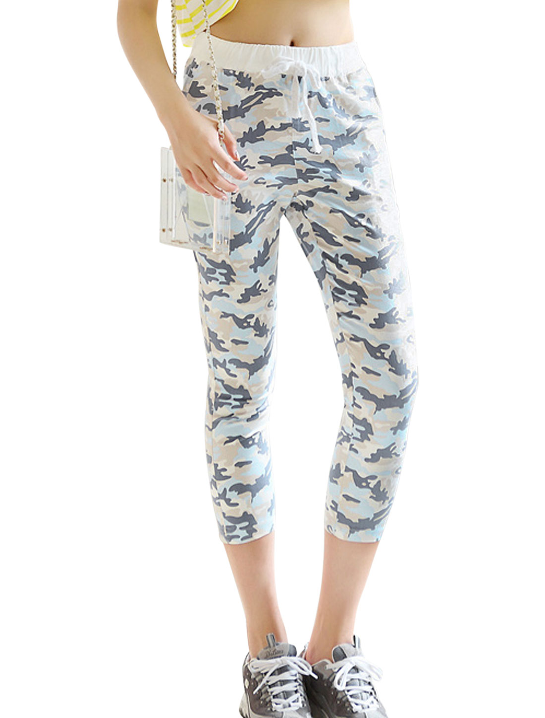 Lady Camouflage Pattern Mid Rise Elastic Waist Cropped Pants Navy Blue XS