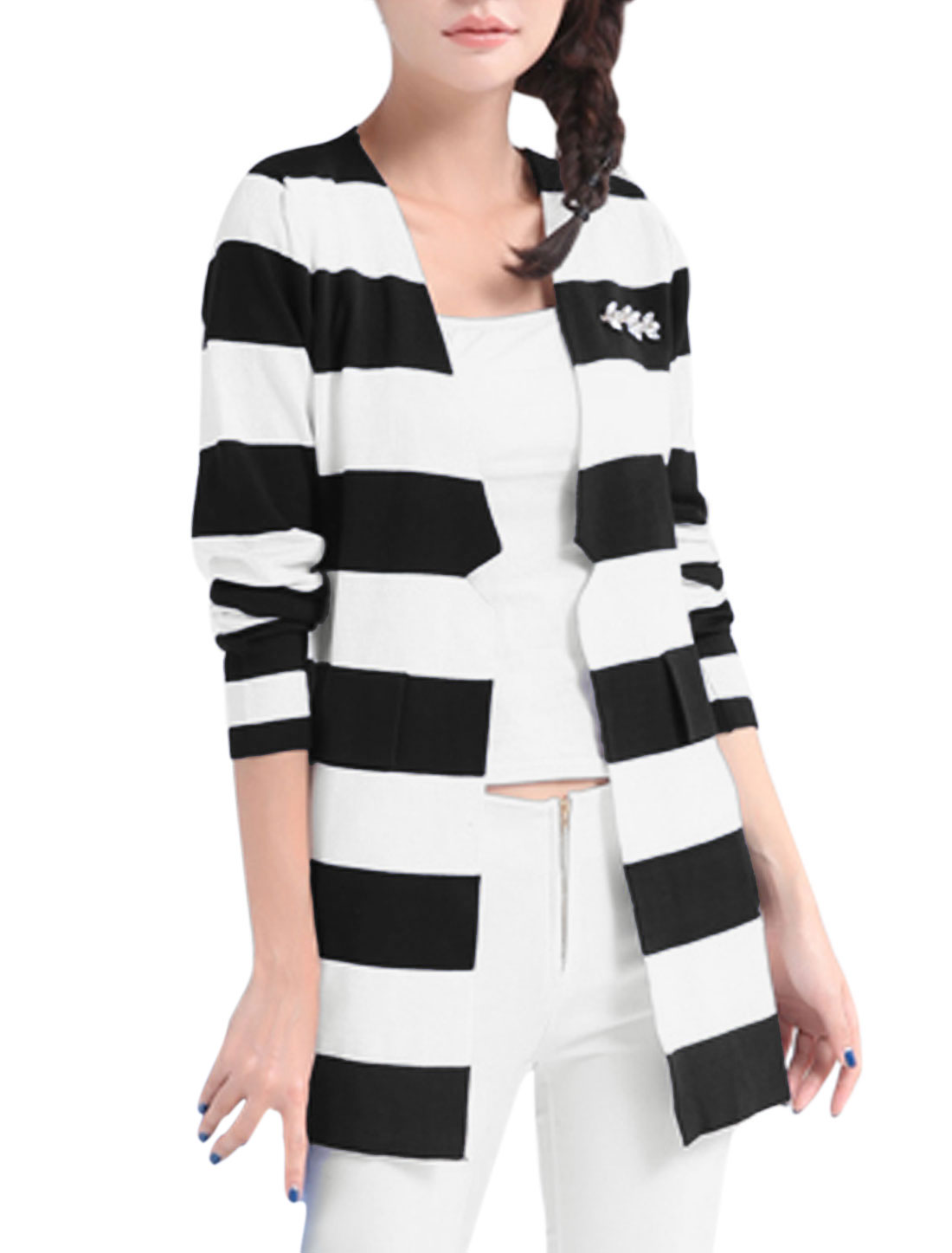 Women Stripes Mock Pockets Rhinestones Decor Long Cardigan Black White M