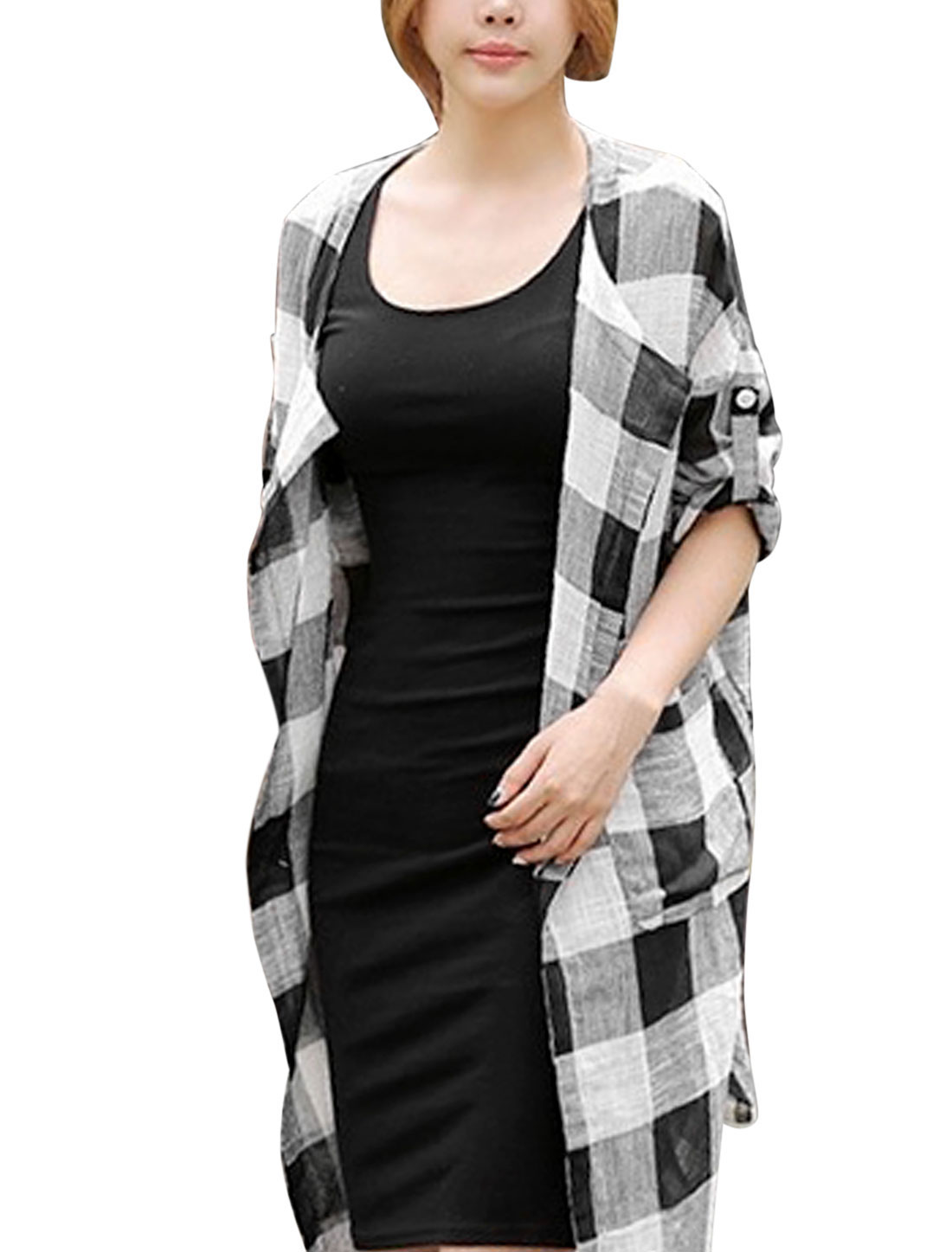 Lady Plaids Pattern Double Vertical Pockets Front Casual Cardigan Black White M