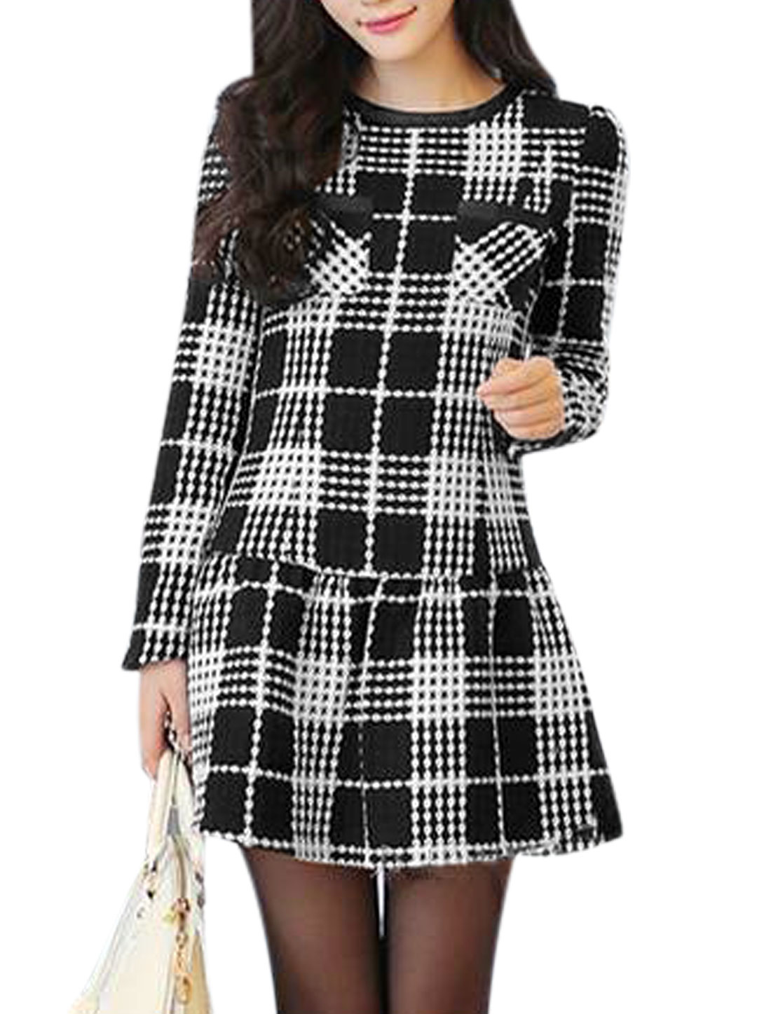 Lady Round Neck Long Sleeve Plaids Casual Tunic Dress Black White M