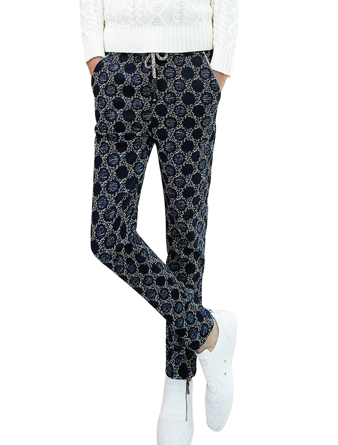 Men Drawstring Design All Over Spot Pattern Casual Pants Navy Blue W30
