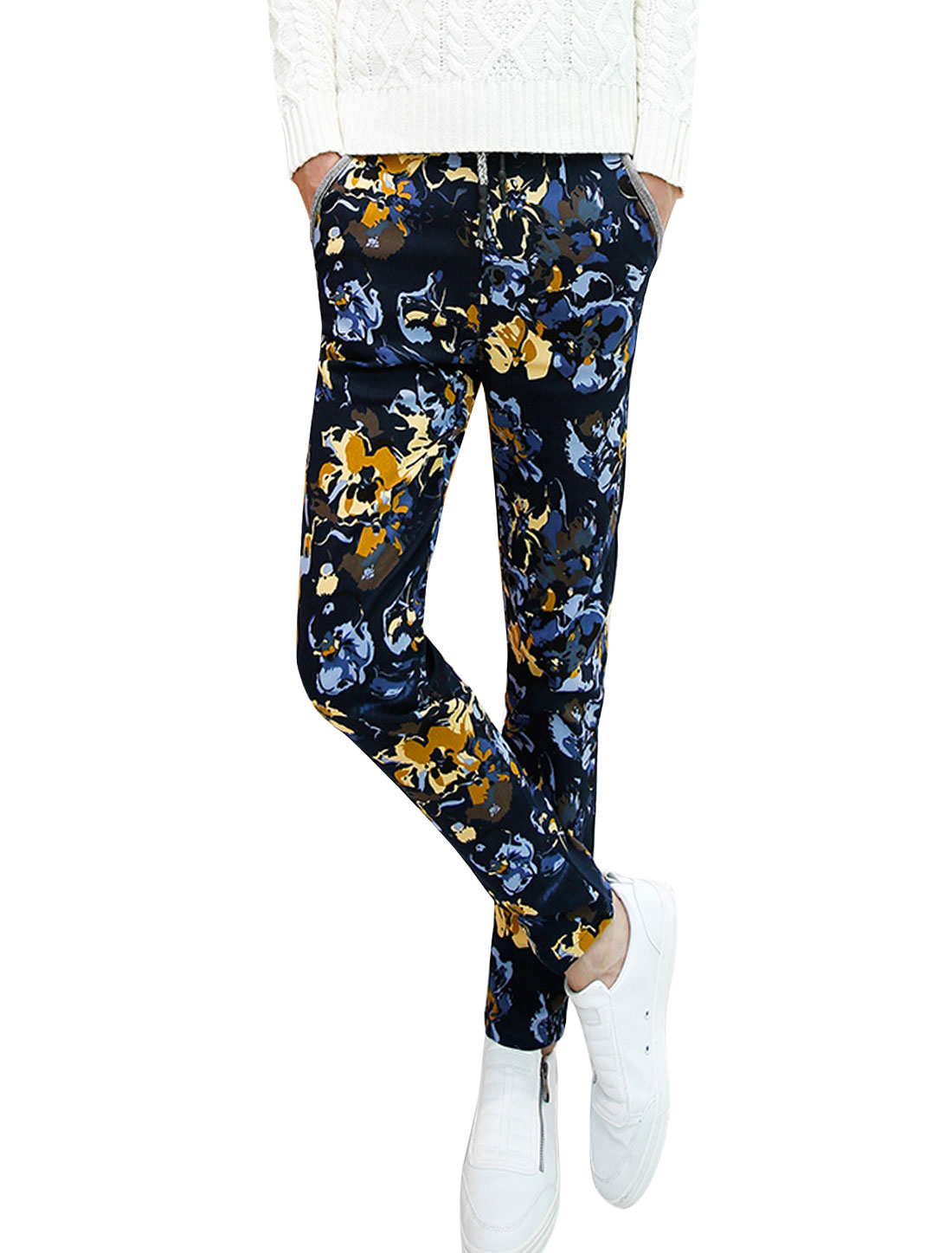 Men Patch Hip Pockets All Over Novelty Print Casual Pants Navy Blue W30