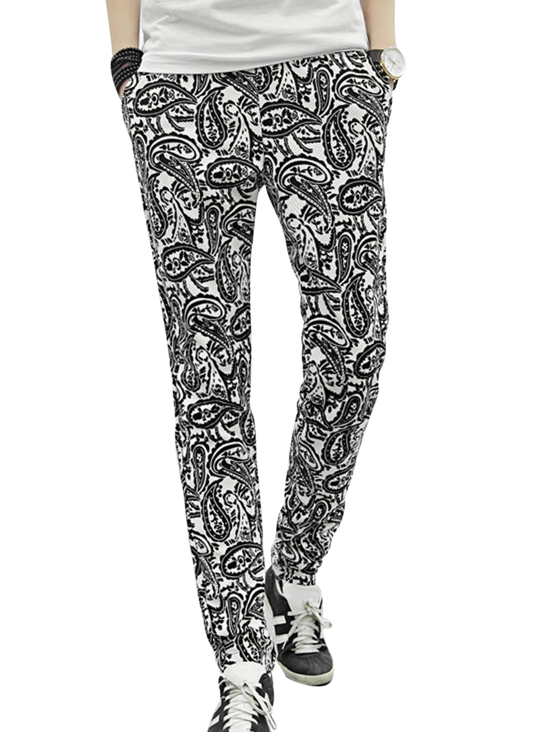 Men Welt Hip Pockets Cuffed All Over Paisleys Print Casual Pants White W30