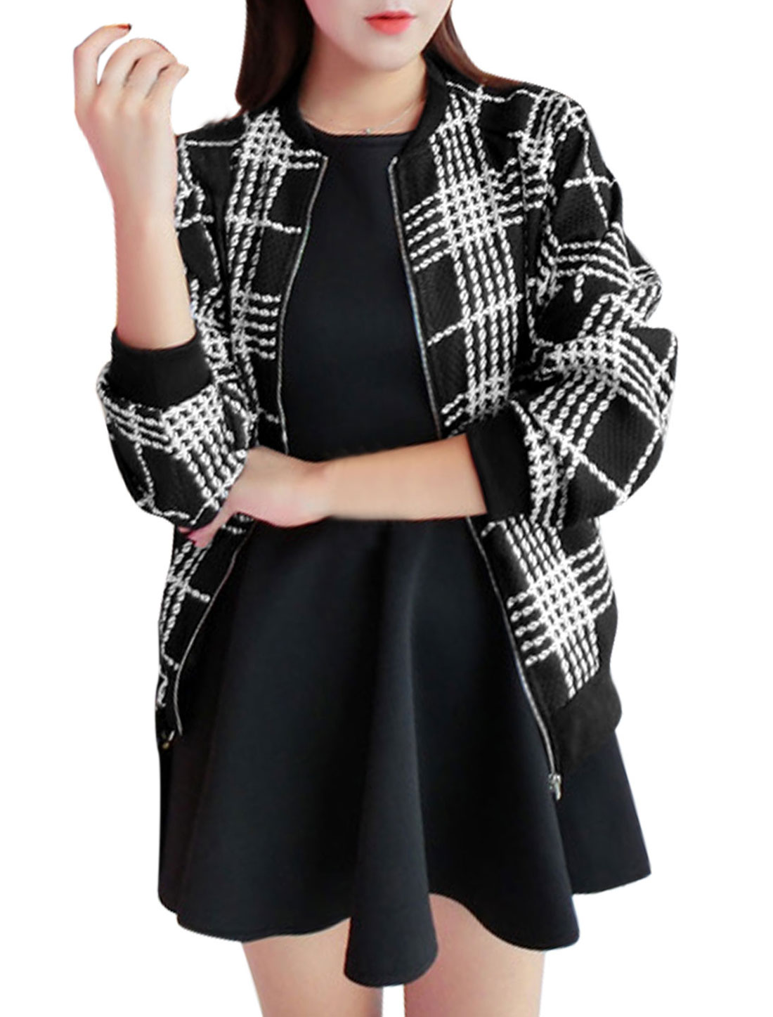 Women Plaids Pattern Zip Up Double Slant Pockets Thin Jacket Beige Black XS