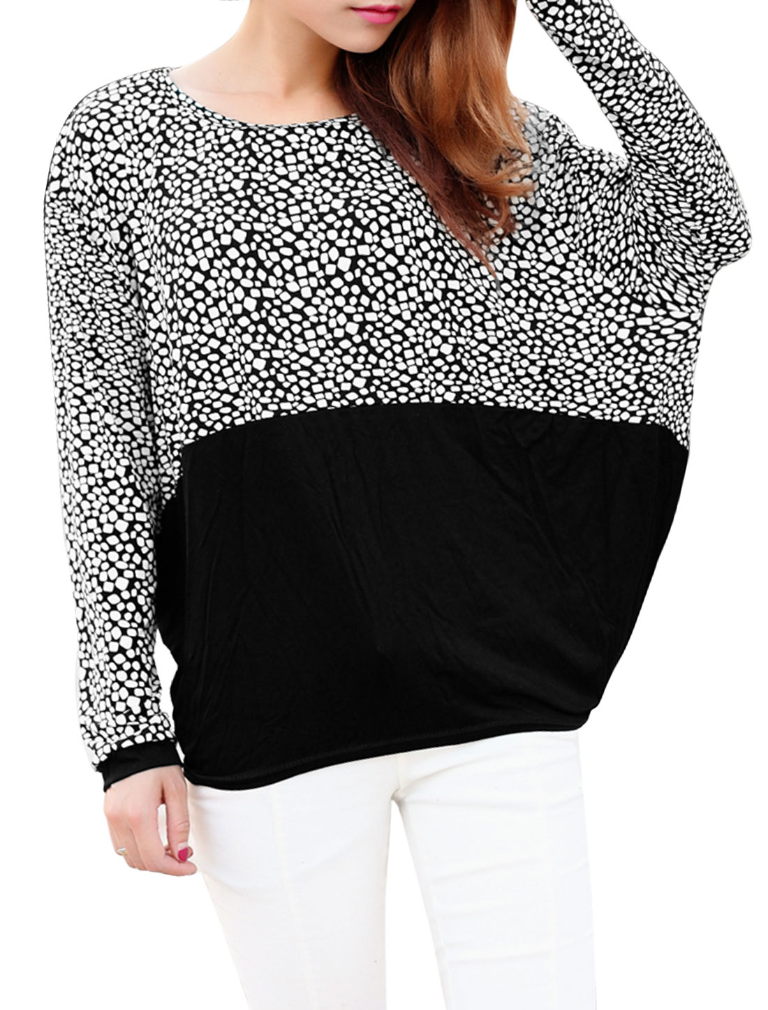 Women Geometric Prints Round Neck Batwing Sleeve Loose Top Beige Black XS