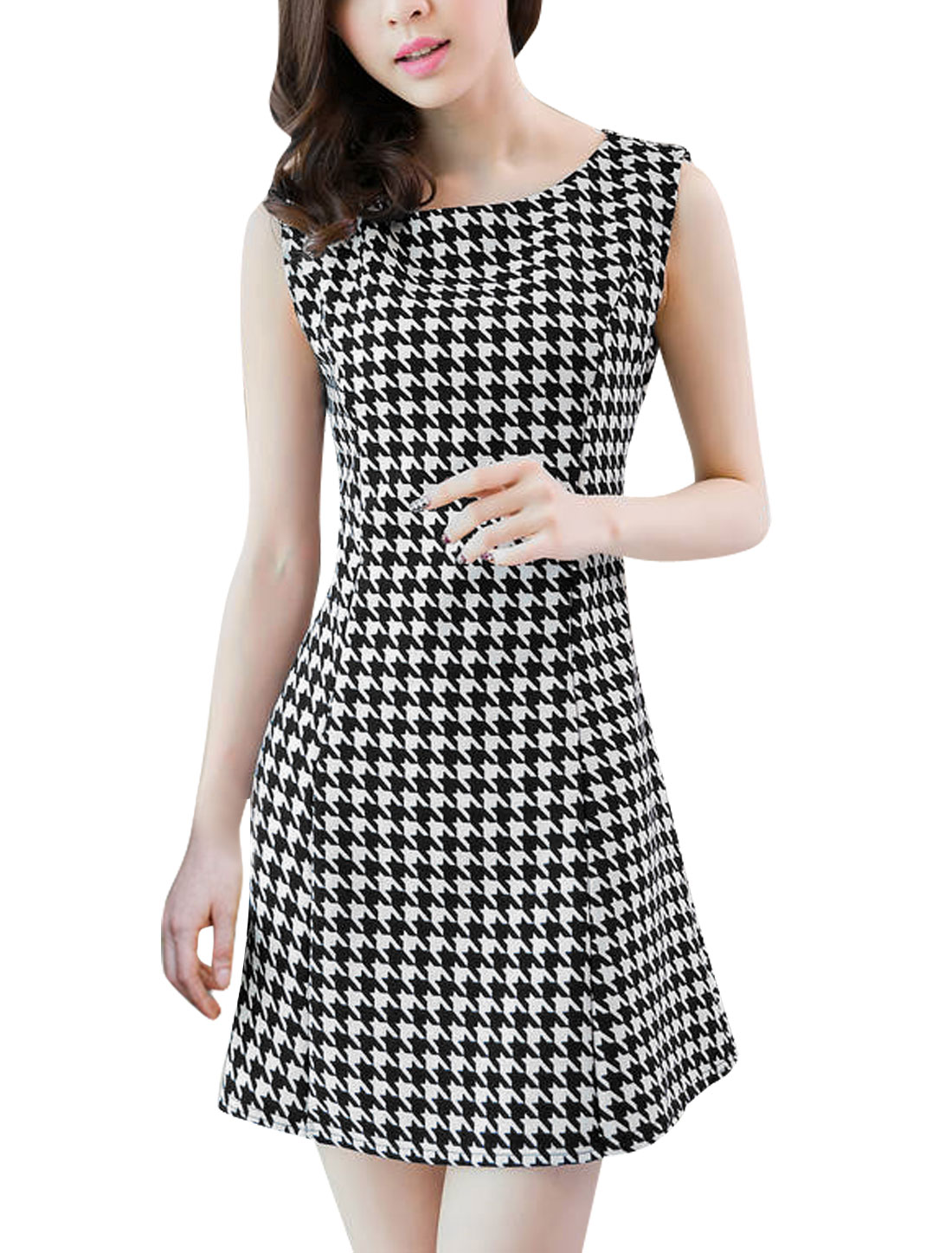 Women Fashion All Over Houndstooth Print Unlined Tank Dress Black White S