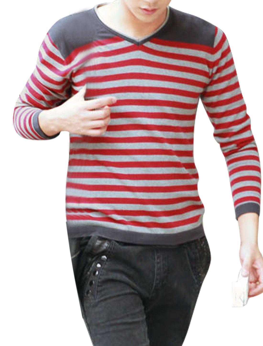Men V Neckline Design Long Sleeve Casual Knitted Shirt Red Gray M