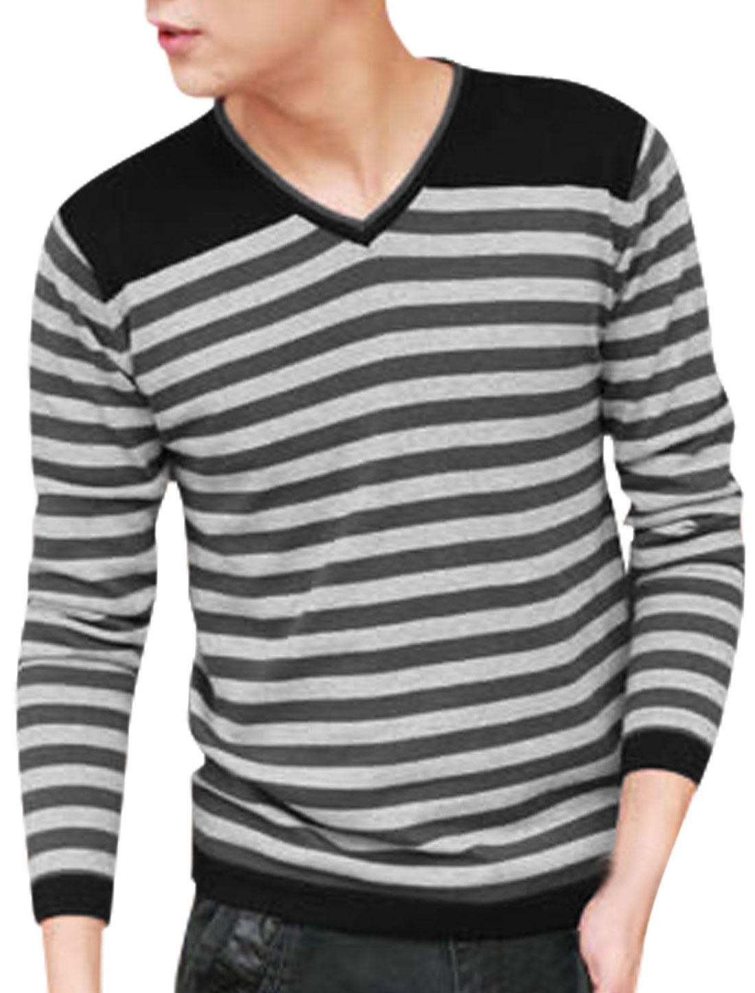 Men Long Sleeve Bar Striped Leisure Knitted Shirt Gray Black M