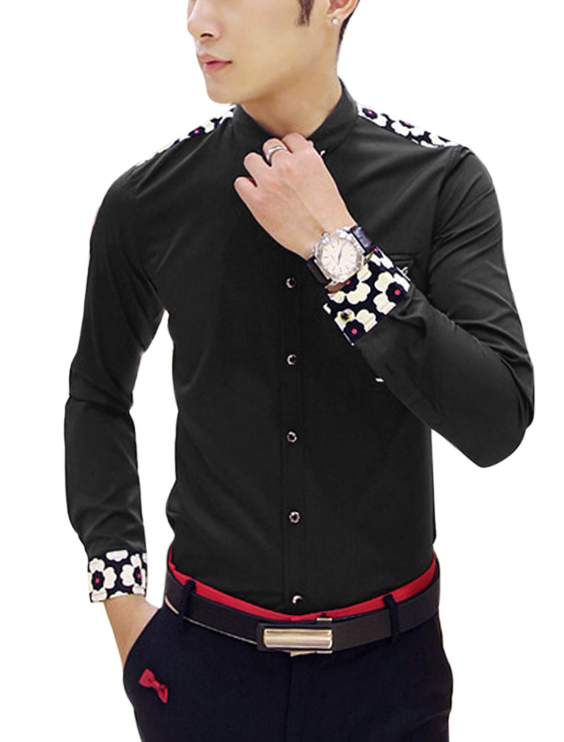 Man Black Long Sleeves Point Collar Single Breasted Prints Detail Shirt S