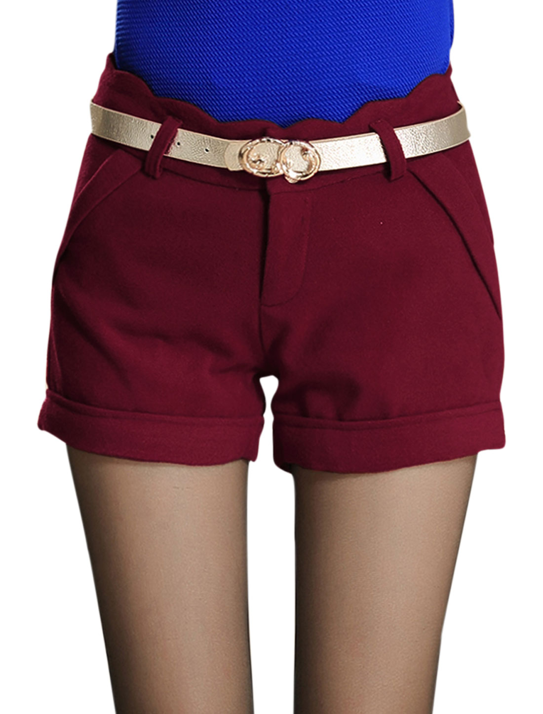 Ladies Burgundy Scalloped Waist Mid Rise Button Down Belt Loop Short Pants M