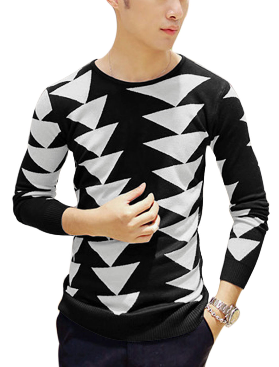 Man Black White Long Sleeves Pullover Round Neck Fashion Knit Shirt S