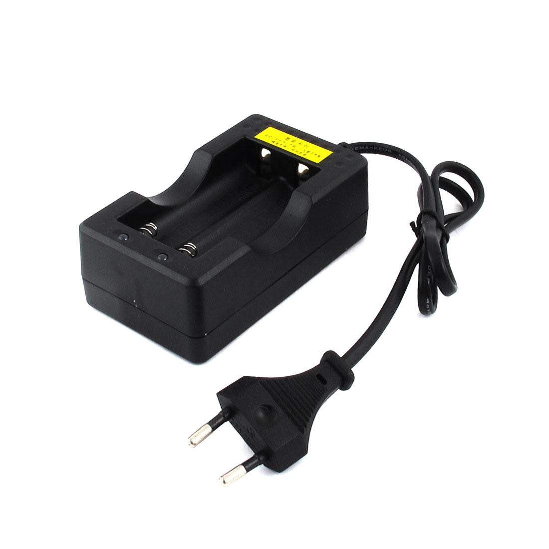 EU Plug AC 100-240V DC 4.2V 1A x 2 Rechargeable 2 x 18650 Li-ion Battery Charger