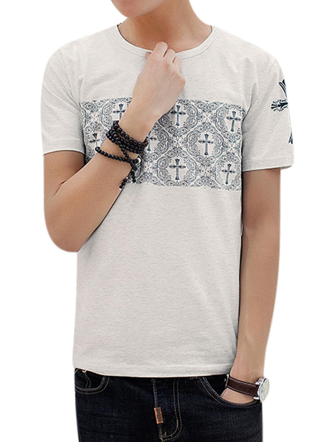 Man Short Sleeves Cross Novelty Prints T-Shirts Light Gray S