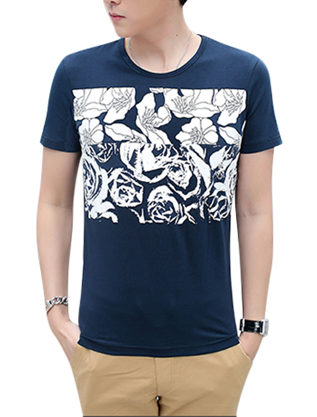 Men Floral Prints Round Neck Short Sleeves Tee Dark Blue M