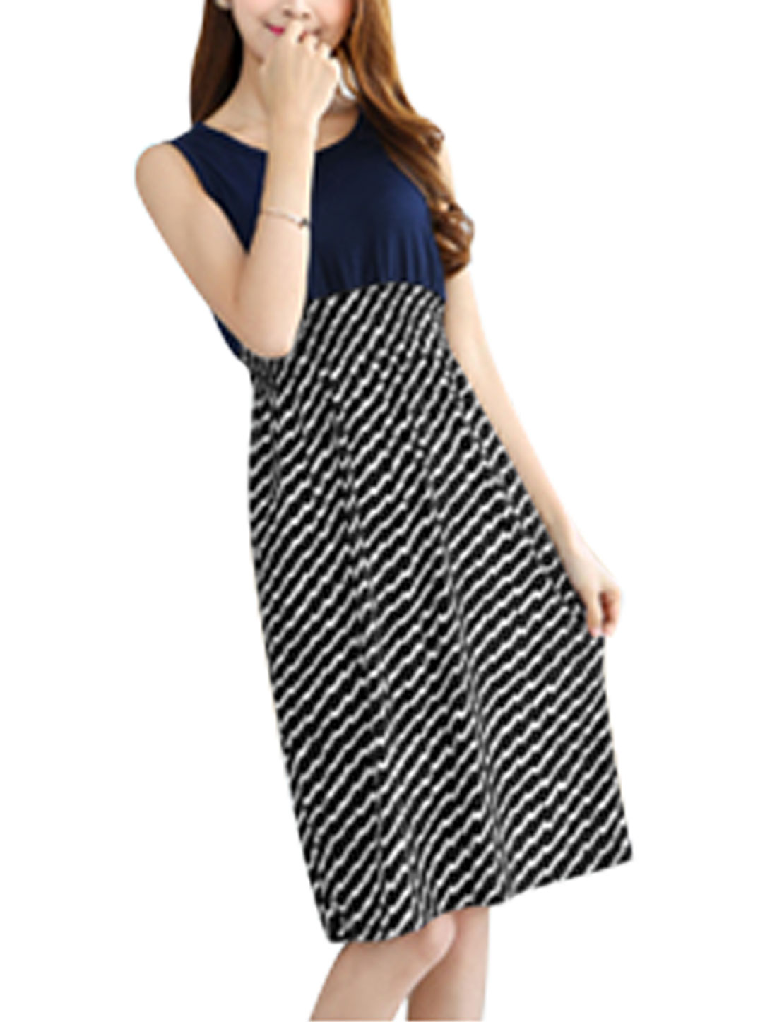 Woman Sawtooth Pattern Round Neck Sleeveless Dress Black White XS