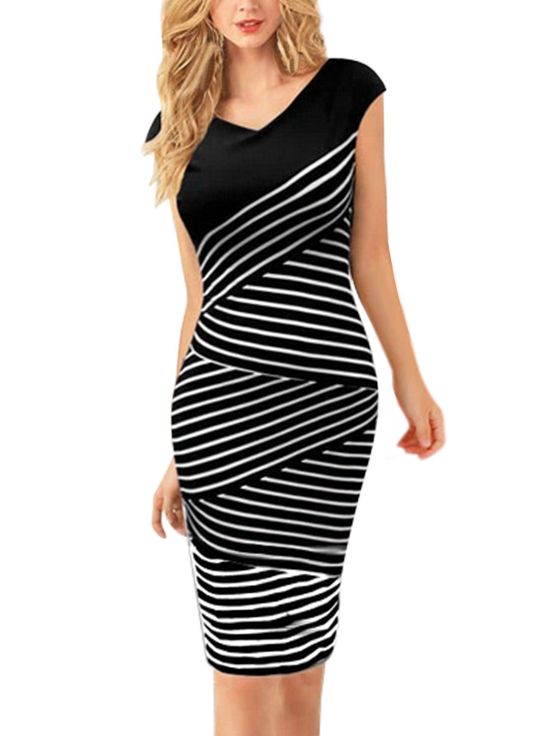 Woman Stripes Sleeveless V Neck Concealed Zipper Back Pencil Dress Black White S