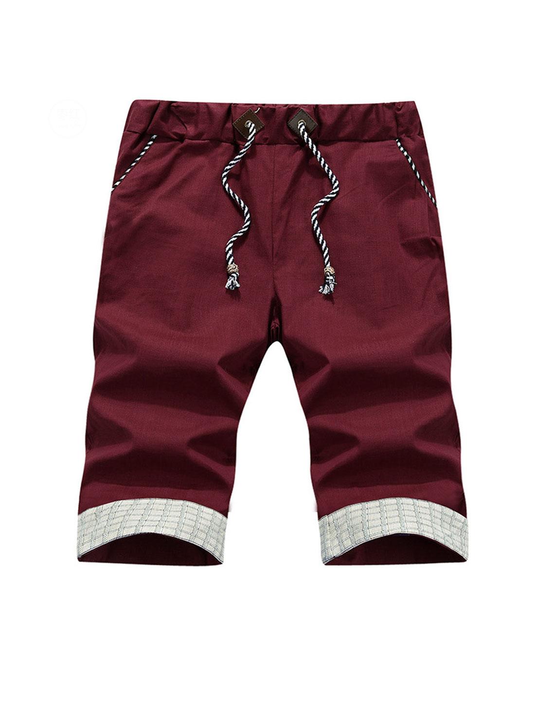 Man Stretchy Waist Plaids Detail Casual Shorts Burgundy W32