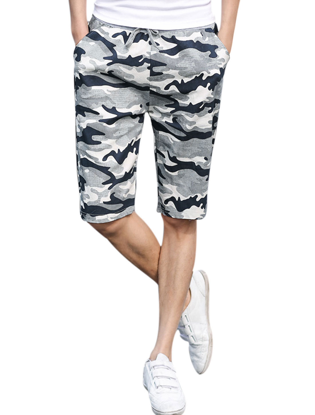 Man Camouflage Pattern Elastic Waist Band Leisure Beach Shorts Multicolor W32